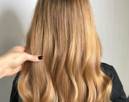 Golden blonde 28 inches natural cute hair