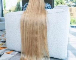 Virgin blonde beautiful shiny 30 inches long 4.5 inches thickness Straight Hair